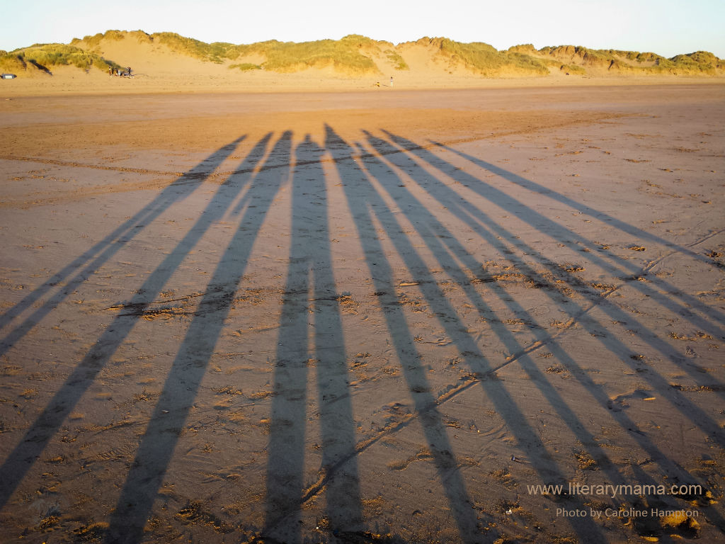 Caroline Hampton. tenminutesfromhome@gmail.com, www.tmfh.me.uk